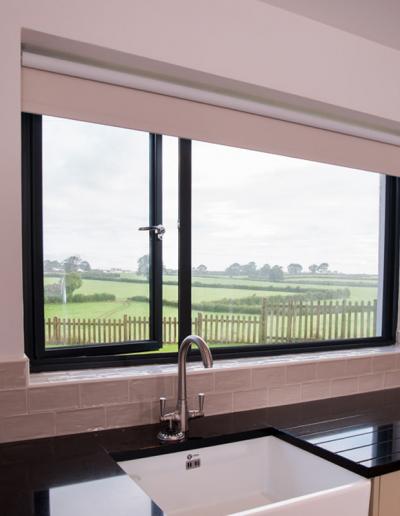 1_Aluminium_Alitherm300_Casement_Window
